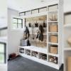 Как сделать мебель для прихожей из переработанной древесины