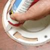 Домашний ремонт: как герметизировать ламинат в ванной комнате
