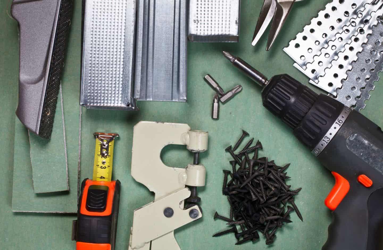 Как выбрать строительные инструменты для работ с гипсокартоном? 1